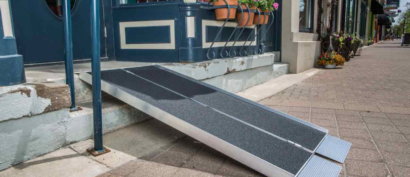 Suitcase AS Portable Wheelchair Ramps