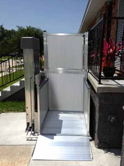 Wheelchair Lift - Wheelchair Lift for Wheelchairs or Scooters