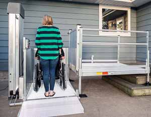 Large platform lift for wheelchairs or scooters